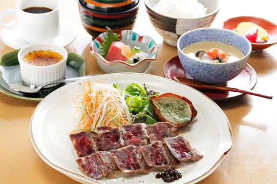 牛西京焼き定食
