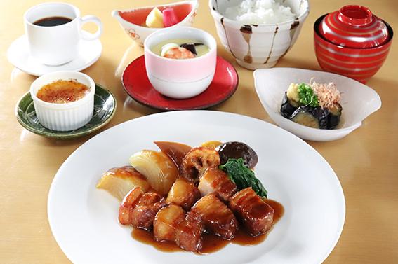 【1日10食限定】花城風 黒酢の酢豚定食