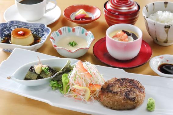 【1日10食限定】黒毛和牛と真狩ハーブ豚の西京漬けハンバーグ