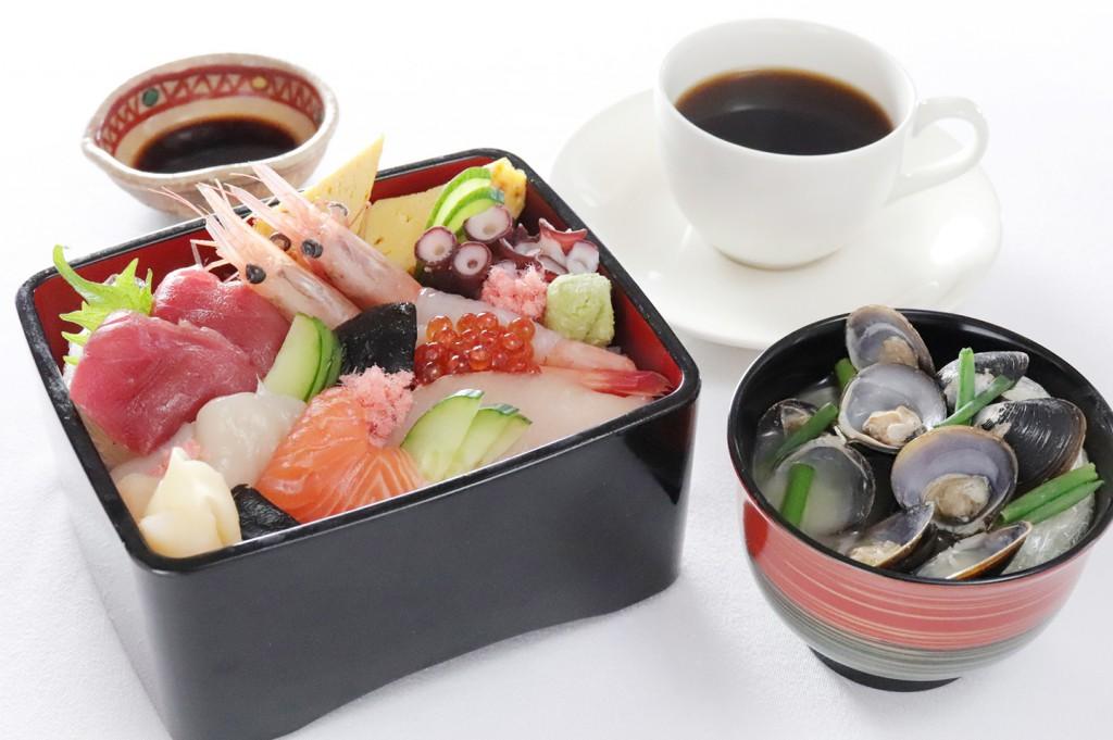 朝食 定食メニュー [日本料理 花城]海鮮丼