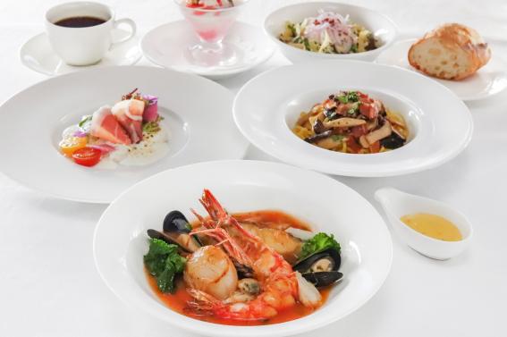 鱈、帆立貝、ムール貝、海老、蟹のブイヤベースセット